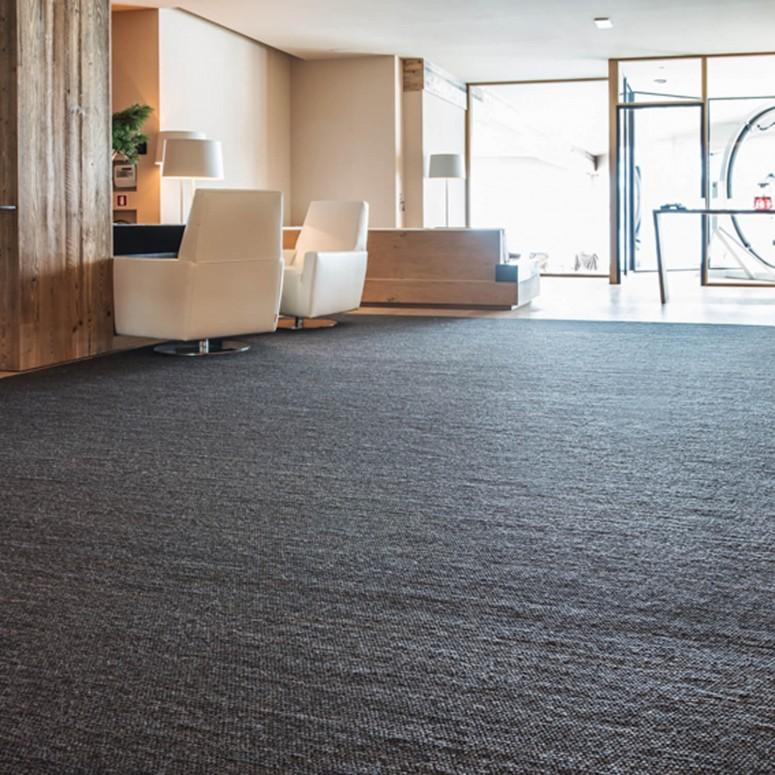 Schurwollteppich Atlantis in verschiedenen Farben konfigurierbar - handgewebter Teppich aus Tirol